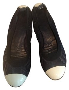 Chanel Ballet Falts Ballerina Navy Blue Navy/white Flats