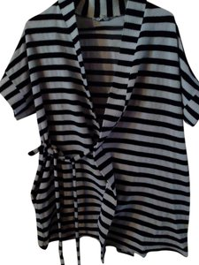 Ultra Sweep (Made in America) After Bath Cover-up short dress Black & White on Tradesy