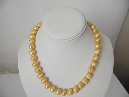 Pearlfection Pearlfection Ringed-Ridge Peach Pearl Necklace 18