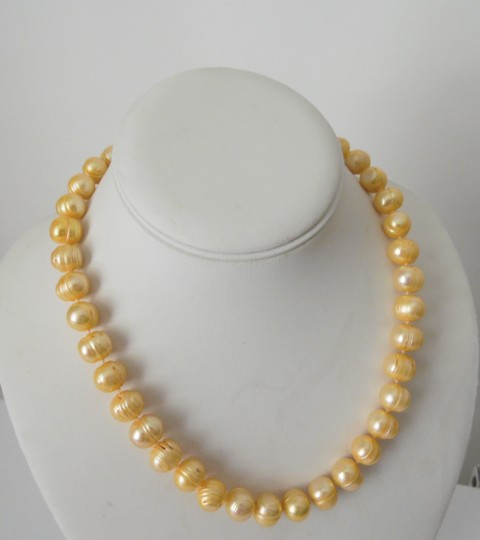 Pearlfection Pearlfection Faux Ringed-Ridge Peach Pearl Necklace 18 inch