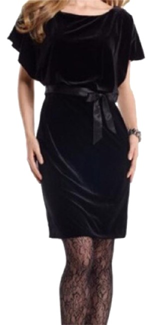 Preload https://item5.tradesy.com/images/white-house-black-market-semi-formal-above-knee-formal-dress-size-4-s-19091314-0-5.jpg?width=400&height=650