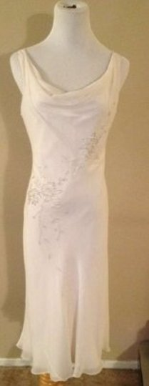 Preload https://img-static.tradesy.com/item/190917/off-white-silk-and-satin-flapper-style-vintage-wedding-dress-size-os-one-size-0-0-540-540.jpg
