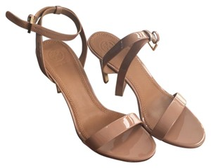 Tory Burch Nude Pumps