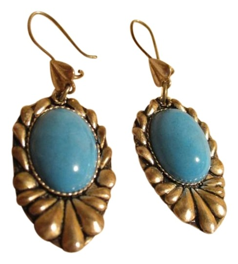 Preload https://img-static.tradesy.com/item/19093099/silver-and-turquoise-vintage-sterling-earrings-0-1-540-540.jpg