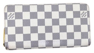 Louis Vuitton Louis Vuitton Damier Azur Zippy Wallet