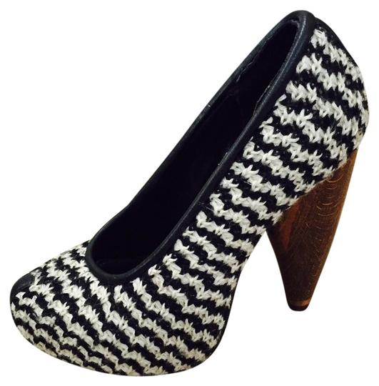 Preload https://item2.tradesy.com/images/kathryn-amberleigh-navy-and-white-pumps-size-us-6-regular-m-b-19099111-0-3.jpg?width=440&height=440