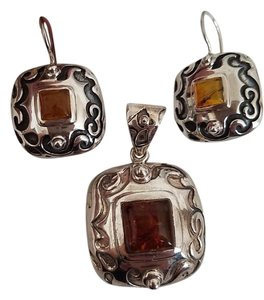Silpada Silpada Sterling Silver Amber Pendant and Earrings Set