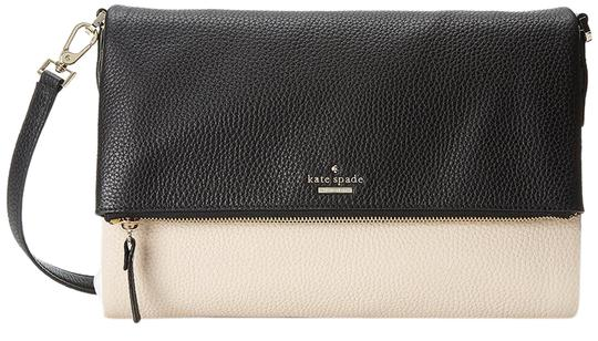 Preload https://item2.tradesy.com/images/kate-spade-new-york-holden-street-carson-shoulder-pebble-bright-white-black-leather-cross-body-bag-19099591-0-3.jpg?width=440&height=440
