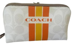 Coach Brand New Coach COACH MAKEUP/COSMETIC BAG/POUCH F66193