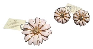 Russian Imperial Daisy Jewelry Set - Pin and Pierced Earrings