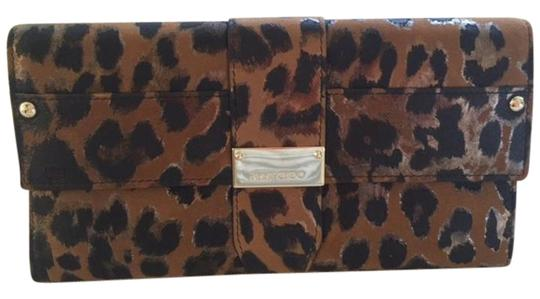 Preload https://item3.tradesy.com/images/jimmy-choo-logan-black-gold-and-brown-animal-print-leather-clutch-19101097-0-1.jpg?width=440&height=440