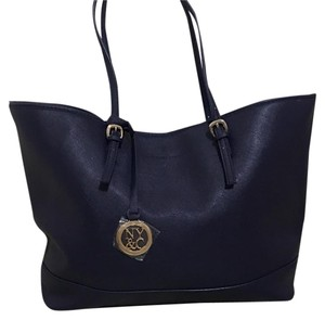 New York & Company Tote in Blue