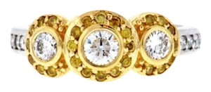 GORGEOUS+STEAL 18k Designer white & yellow diamonds ring