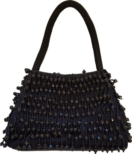 Preload https://img-static.tradesy.com/item/19106767/la-regale-beaded-black-baguette-0-1-540-540.jpg