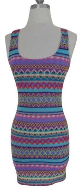 Preload https://img-static.tradesy.com/item/19107337/reverse-multicolored-weaved-tribal-bodycon-short-casual-dress-size-8-m-0-3-650-650.jpg