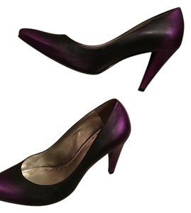 Gianni Bini Black and Purple Pumps