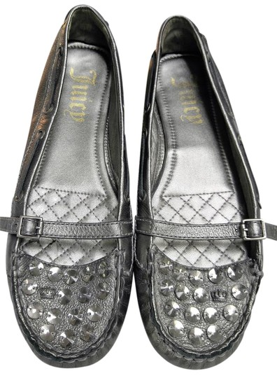 Preload https://img-static.tradesy.com/item/19108081/juicy-couture-metallic-silver-with-crystal-detailing-flats-size-us-95-regular-m-b-0-1-540-540.jpg