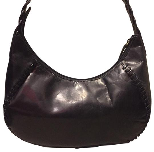 Preload https://img-static.tradesy.com/item/19109509/kenneth-cole-minimal-new-york-black-leather-hobo-bag-0-2-540-540.jpg