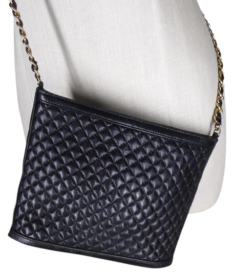 Preload https://item5.tradesy.com/images/ganson-chain-strap-black-faux-leather-cross-body-bag-19111399-0-1.jpg?width=440&height=440