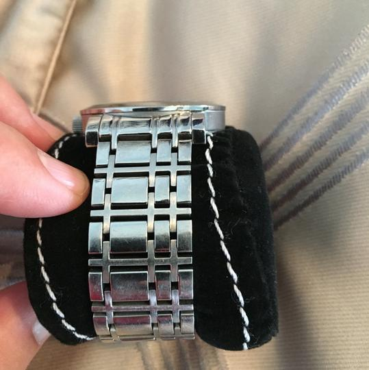 Burberry burrberry watch Image 1