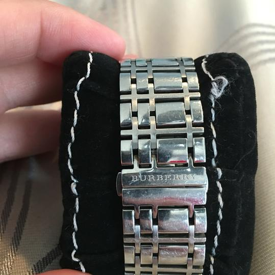 Burberry burrberry watch Image 4