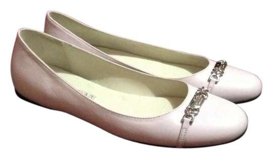 Preload https://item1.tradesy.com/images/gucci-lilac-flats-size-us-65-191165-0-0.jpg?width=440&height=440