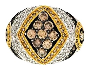 MUST SEE-18K 3 CTS WHITE,YELLOW & CHOCOLATE DIAMOND RING