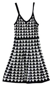 Trina Turk White Black Geo Print Knit Dress