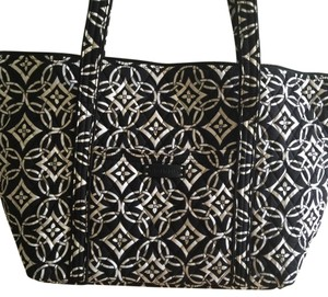 Vera Bradley Black/white Travel Bag