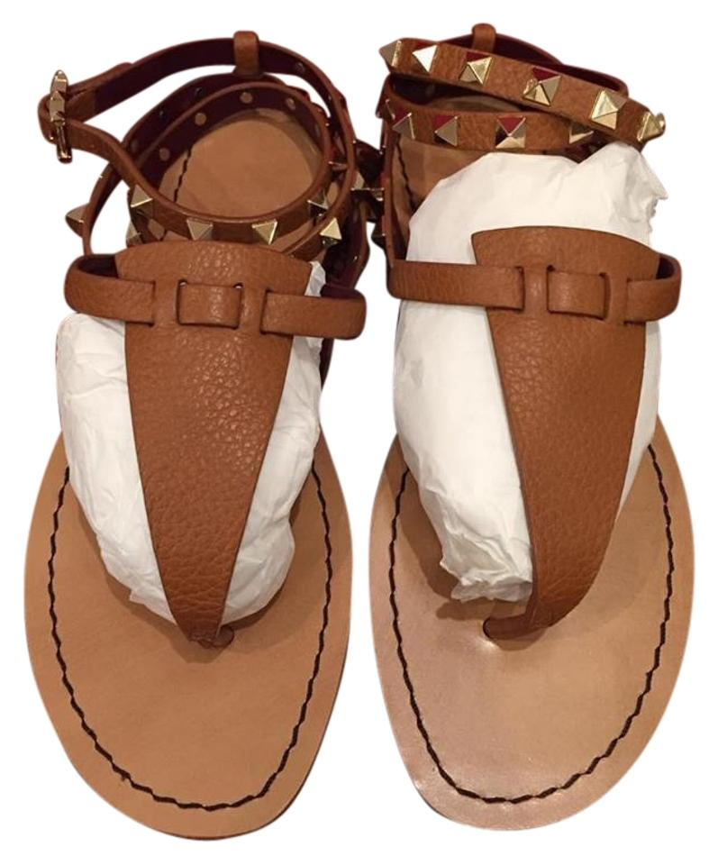 e9842f463704 Valentino Brown Rockstud Pebble Leather Ankle Strap Thong Flat 36.5 Sandals