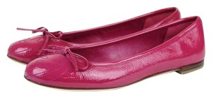 Gucci 339418 Fuchsia Soft Patent Leather Flats