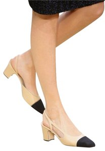 Chanel Slingbacks Two Tone Cc Slingback Sie 39 Beige/Black Pumps
