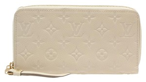 Louis Vuitton Louis Vuitton Empreinte Monogram Leather Zippy Wallet (97231)