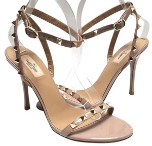 Valentino Made In Italy Ankle Strap Goatskin Buckling Signature Studs Dove Gray Sandals