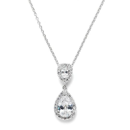 Preload https://img-static.tradesy.com/item/19149481/mariell-silver-cubic-zirconia-pendant-with-framed-pear-3755n-necklace-0-0-540-540.jpg
