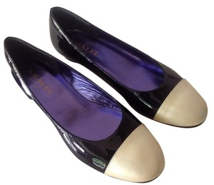 Amalfi Patent Leather Leather Soles Black, pale gold Pumps