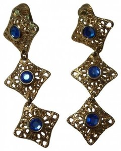 Sarah Coventry Vintage dangle earrings with blue stone