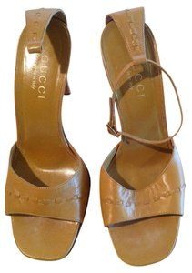 Gucci Vintage Ankle Strap Tan Sandals