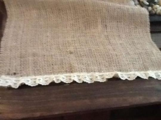 Burlap with Cream/White Lace Ends Table Runners Tablecloth