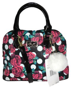 Betsey Johnson Small Cross Body Dome Satchel in black/rose print