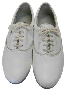 Easy Spirit Size 8.00 M Leather Very Good Condition White Flats