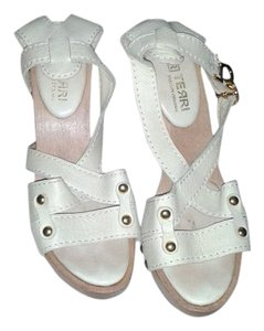 Other Chic Casual tan Sandals