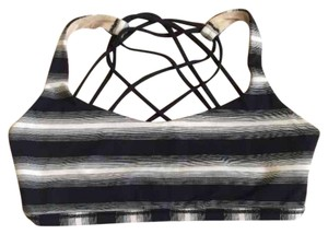 Lululemon NWT LULULEMON FREE TO BE WILD SPORT's BRA STRIPE BLACK WHITE SIZE 6