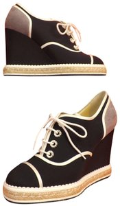 4b5fd0a02a05 Chanel Wedges - Up to 90% off at Tradesy