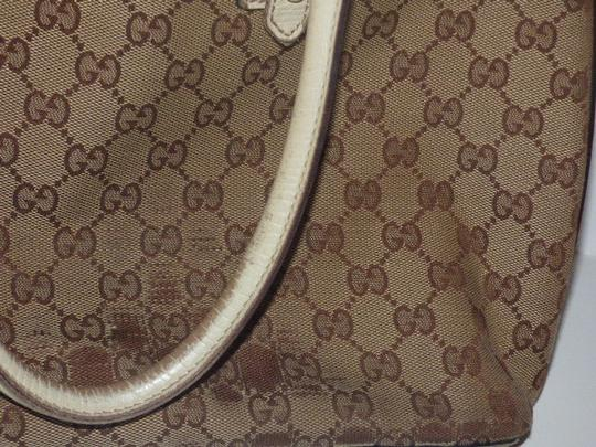 Gucci Satchel/Tote Style Excellent Vintage Equestrian Bold Gold Horsebit Style Satchel in brown large logo print canvas, yellow accent, white leather Image 7