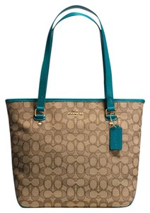 Coach Tote in Atlantic Blue