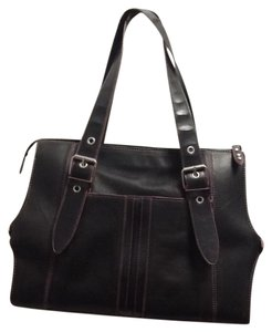 Kenneth Cole Reaction Trim Satchel in Black Pink