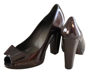 Stuart Weitzman Metalic Brown Pumps
