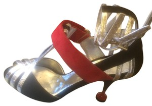Prada black red silver Pumps