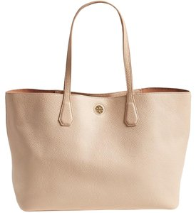 Tory Burch Pebbled Leather Tote in Light Oak